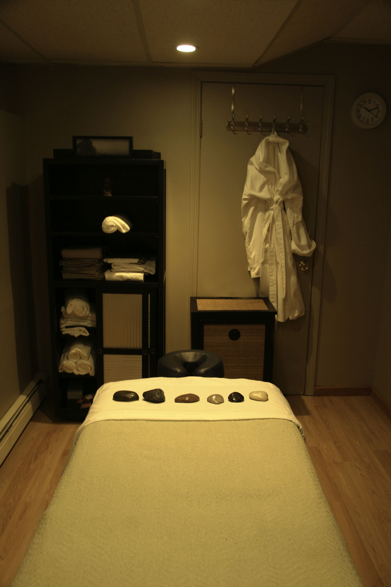 stylish home design ideas massage therapy room design
